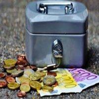 Cum a ajuns moneda euro sa dezbine un continent pe care trebuia sa-l uneasca