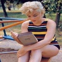 """""""Citiţi 500 de pagini pe zi"""". De ce?"""